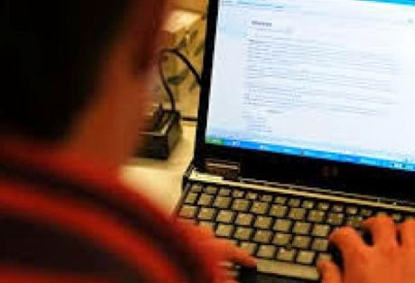 dependenta cyber sex